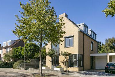 Hazelaarhof 21, Papendrecht