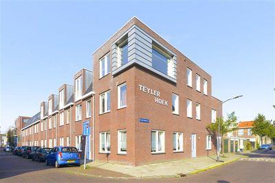 Van der Hulststraat 22, Haarlem