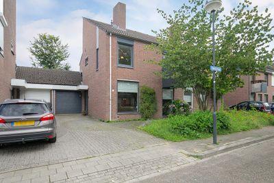 Haagweg 33, Limbricht
