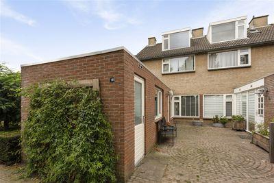 Plevierstraat 18, Oosterhout