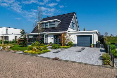Blankvoorn 24, Hoogeveen