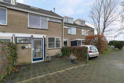Rubenslaan 69, Hazerswoude-dorp