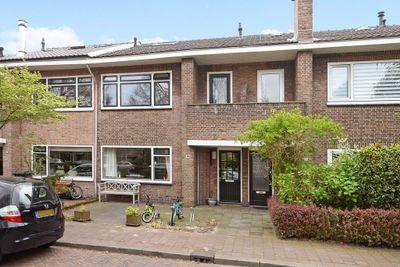 Doctor Blookerstraat 18, Voorburg
