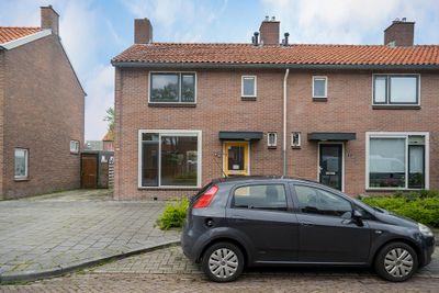 Reinder Eikelboomstraat 8, Hoogeveen