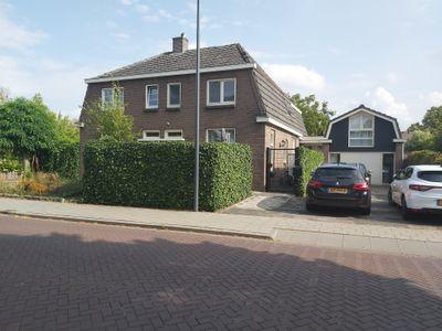 Burg. Nieuwenhuijzenstraat, Rosmalen
