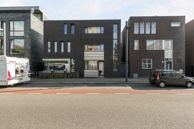 Roomweg 96, Enschede