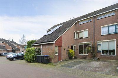 Cannenburg 74, Dordrecht