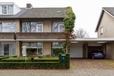 Prins Willem-Alexanderplein 2, Leende