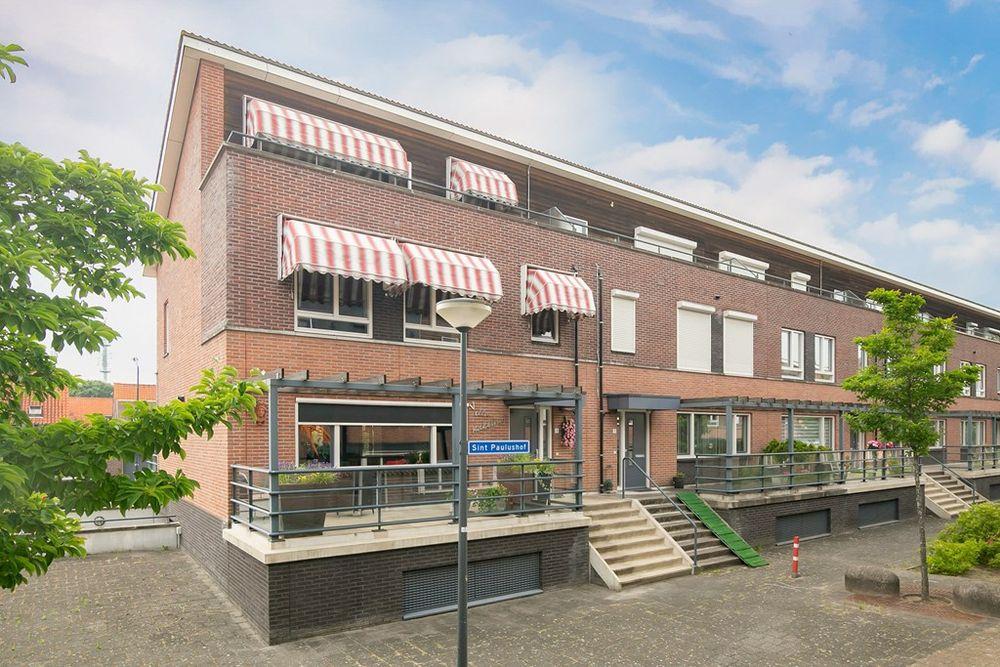 Sint Paulushof 1, Oosterhout