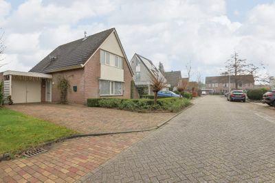 De Zende 24, Hoogeveen