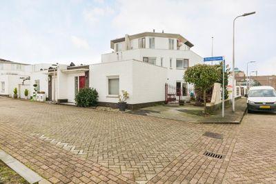 Monteverdistraat 72, Capelle aan den IJssel