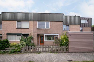 Regulus 32, Hoogeveen