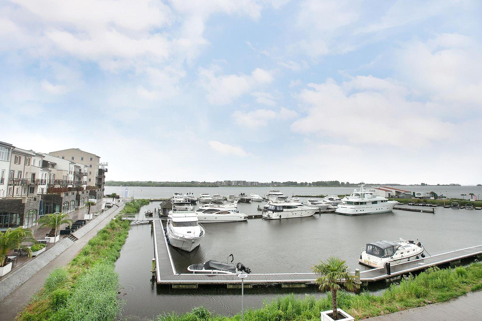 Slingerweg 3-E 10, Zeewolde