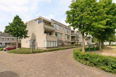 Catharinahoeve 9-A, Heesch