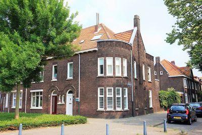 Charles Ruysstraat 2, Roermond