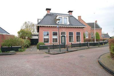 Kerkstraat, Sauwerd