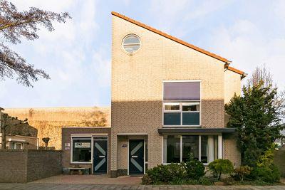 Pastoor de Leijerstraat 25, Rosmalen