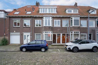 Zestienhovensekade 215, Rotterdam