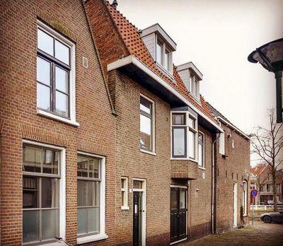 Pompsteeg, Hoorn