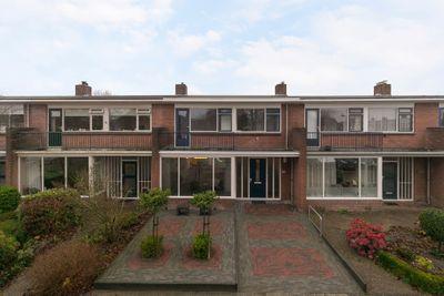 Johan van Oldenbarneveltstraat 9, Sneek