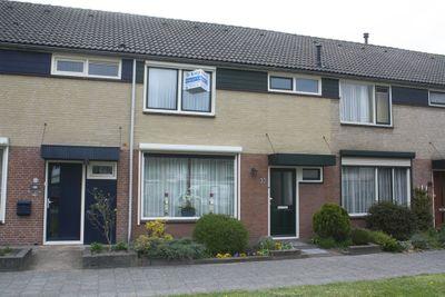 Pastoor Jutenlaan 32, Bergen op Zoom