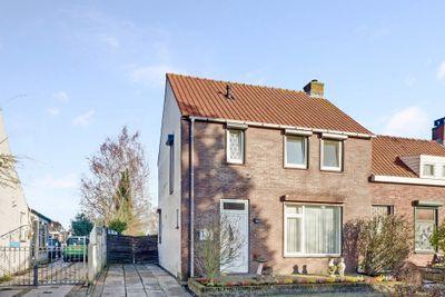 Zandstraat 58, Sas Van Gent