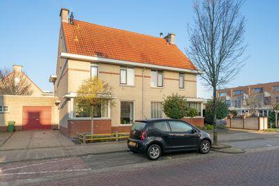 Burg Van Heugtenlaan 26, Nieuwerkerk aan den IJssel