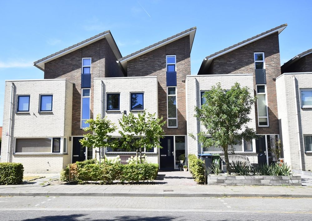 Duinbeek 60, Lelystad
