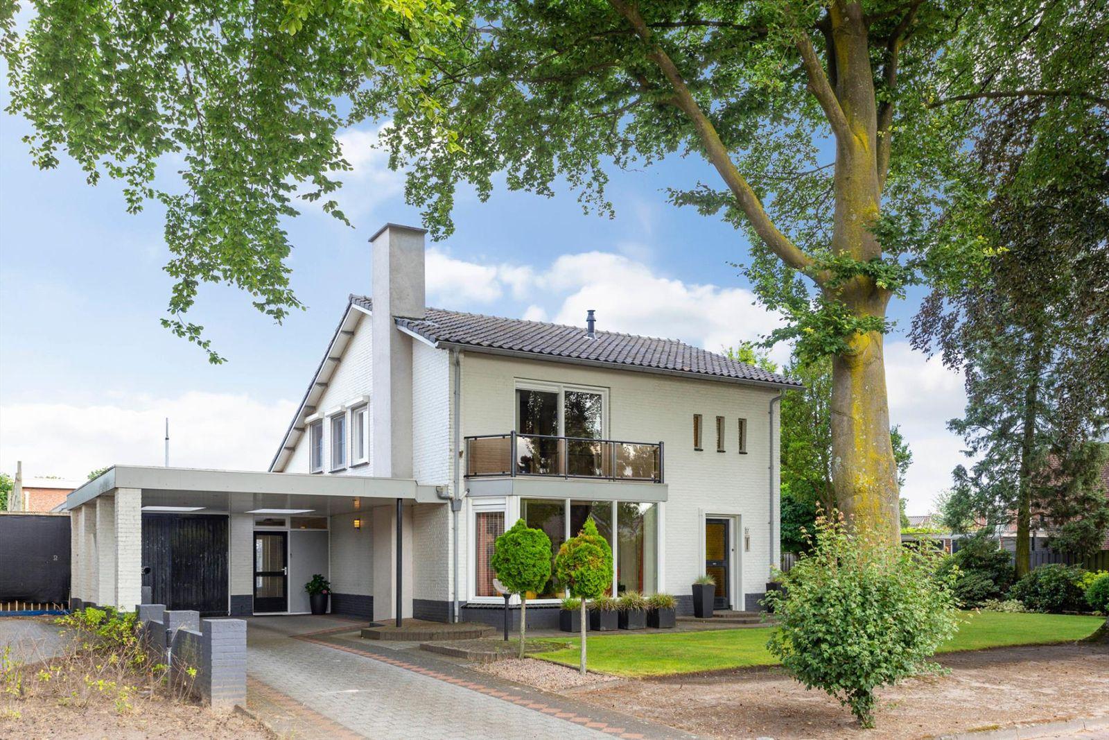 Willem II straat 17, Budel