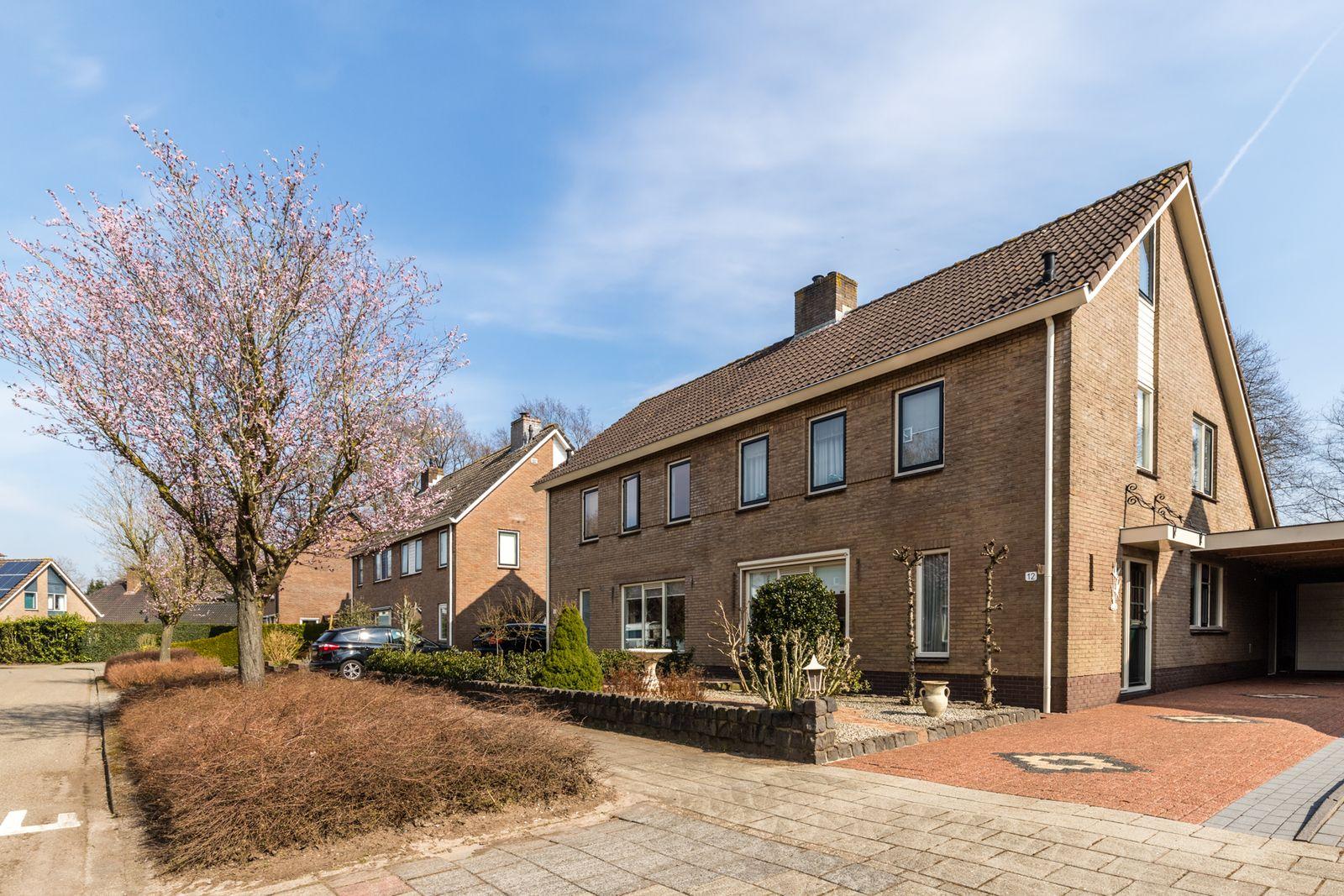 Ruysdaellaan 12, Nijkerk