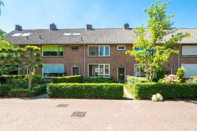 Augusta de Witlaan 24, Bussum