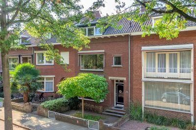 Deken van Oppensingel 243, Venlo