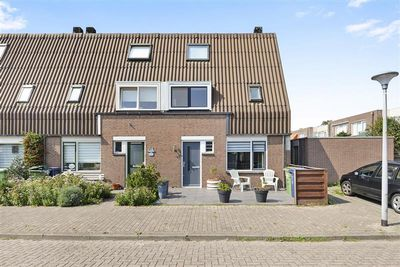 Brongouw 44, Almere