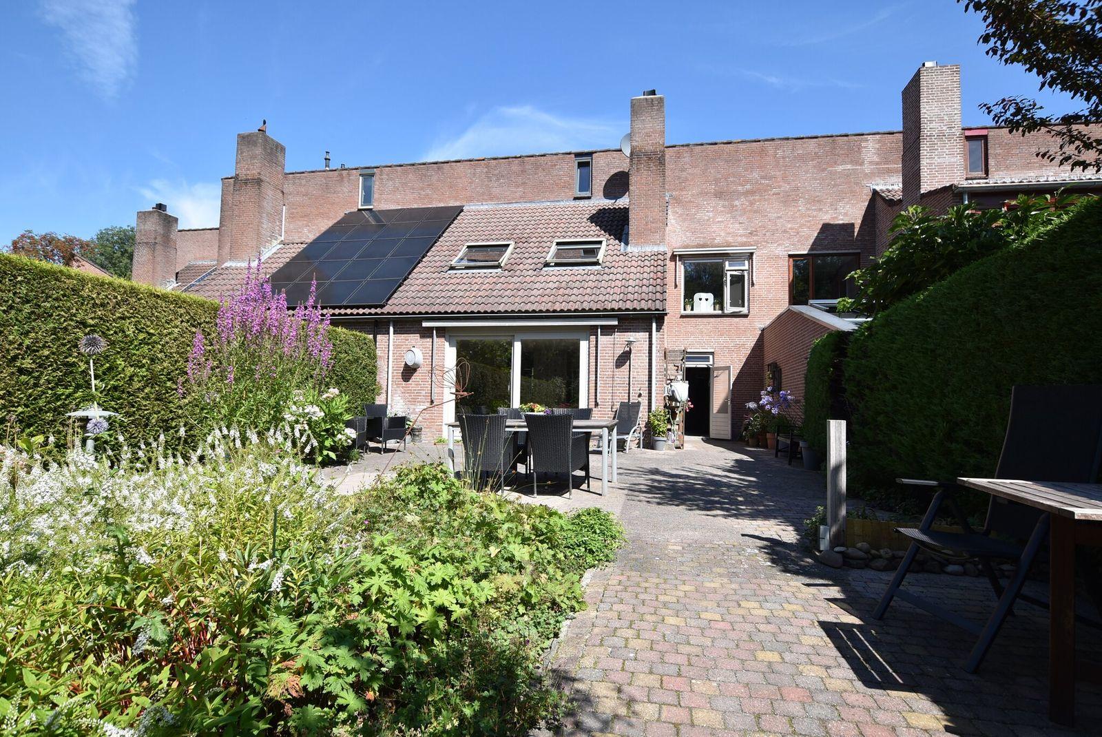 Rozengaard 13 12, Lelystad