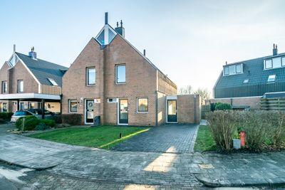 Schuttevaer 89, Hoogeveen