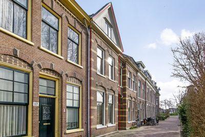 Marislaan 15, Leiden