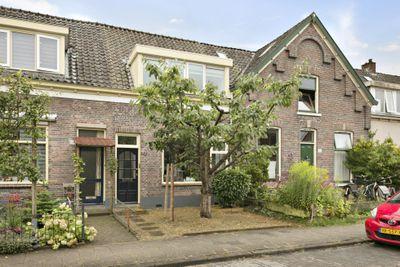 Weg naar Laren 152, Zutphen