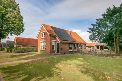 Schoolstraat 94, Vlagtwedde