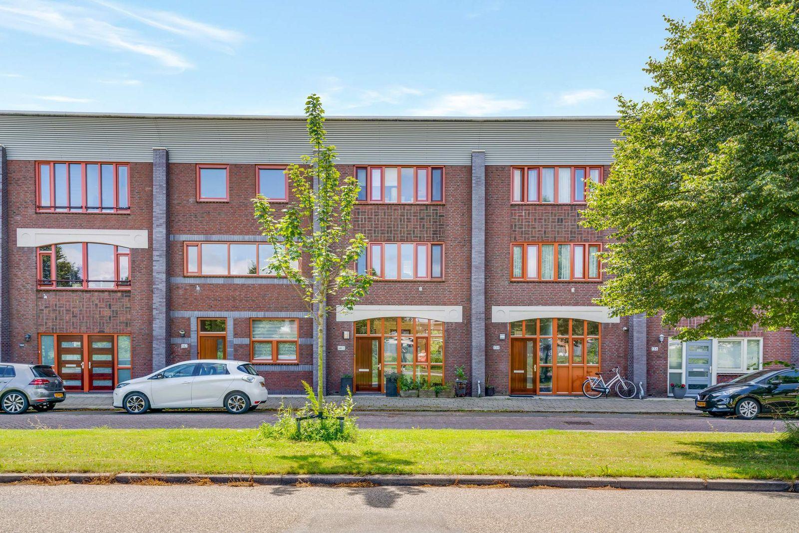 Laan van Broekpolder 140, Beverwijk
