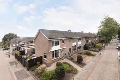 Jacob van Ruysdaelstraat 2, Krimpen aan de Lek