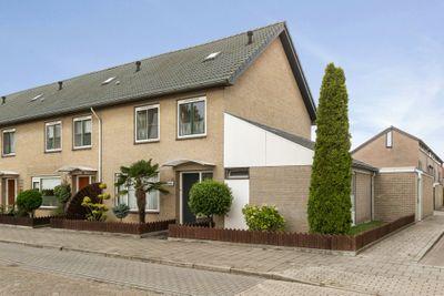 Overpeltlaan 16, Eindhoven
