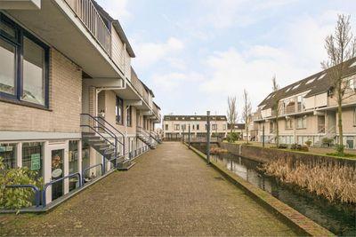 Floris Burgwal 38, Capelle aan den IJssel