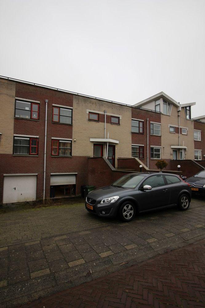 Spakenburglaan, Lelystad