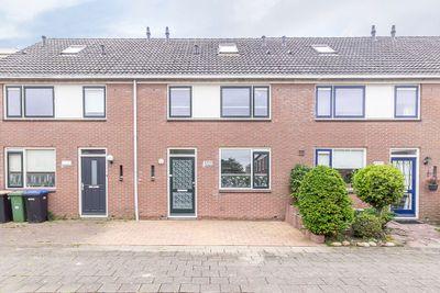 Doorzwin 4324, Julianadorp