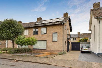 Churchilllaan 77, Maastricht