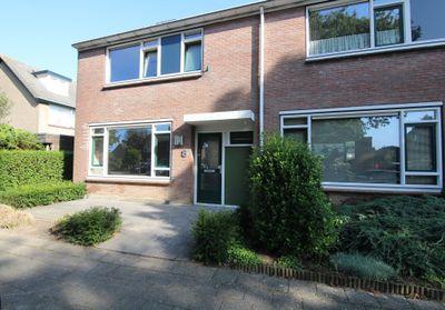 Johan de Wittstraat 8, Olst