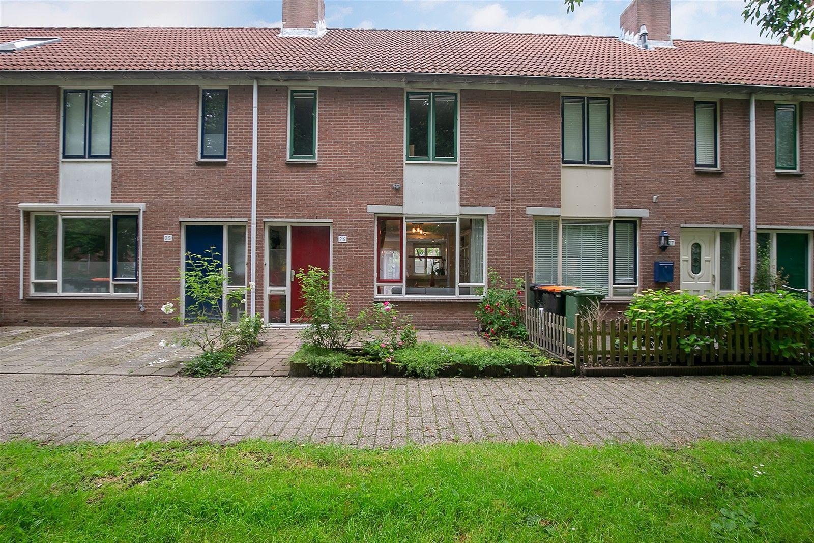 Groef 26, Hoorn