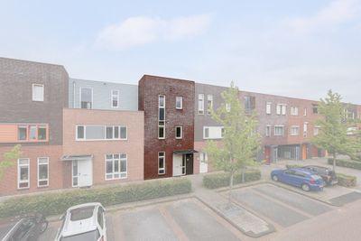 Villa Waterranonkel 34, Waalwijk