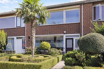 De Stoutheuvel 28, Eindhoven