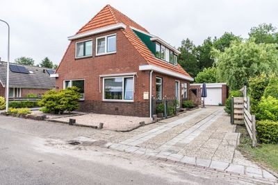 Julianalaan 34, Scheemda